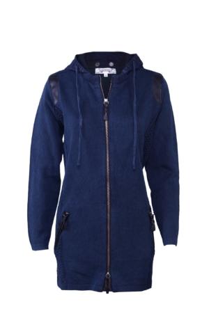 Lang jakke i strik med imiteret læder i mørkeblå. Piece of Blue