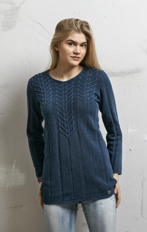 Elegant Lang Pullover i Mørk Indigo Blå. Piece of Blue