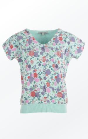 Sommerglad og Feminin Mintfarvet Kortærmet Pullover fra Piece of Blue.
