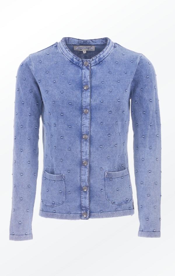 Cardigan med Prikket Strikmønster i Lys Indigo Blå fra Piece of Blue